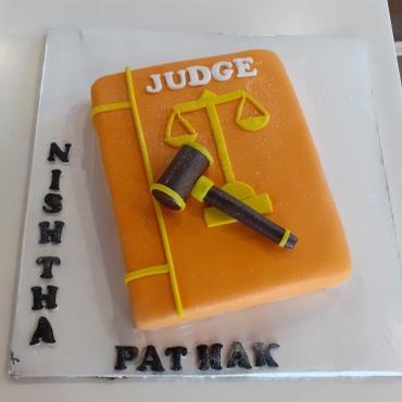 FONDANT CAKES 1