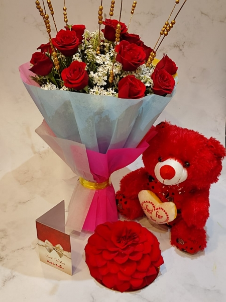 ROSE CAKE, BOUQUET AND TEDDY